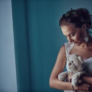 Foto la mireasa acasa in ziua nuntii | Fotograf nunta Sorin Careba