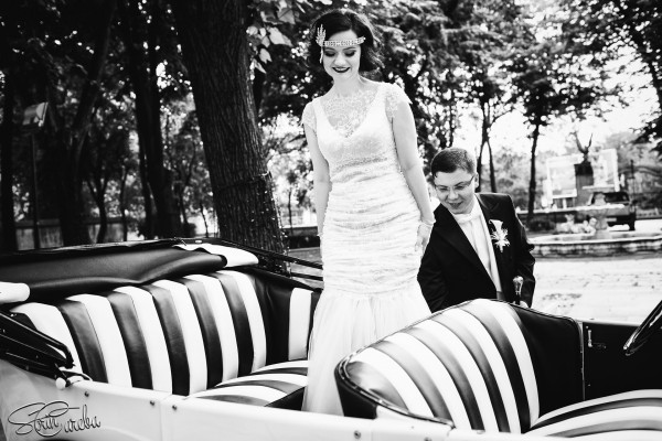Mire si mireasa la nunta vintage in Bucuresti | Fotograf nunta Sorin Careba