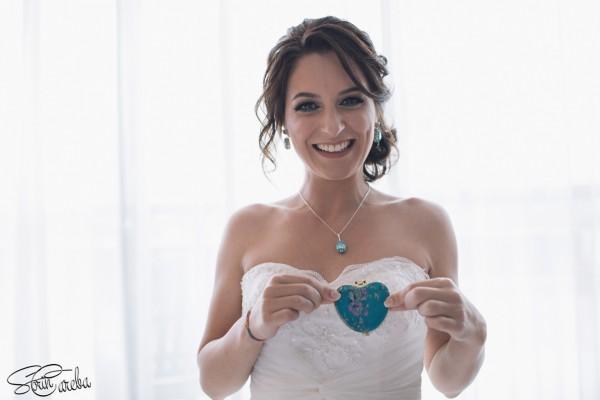 foto mireasa fericita in ziua nuntii| Fotograf nunta Sorin Careba