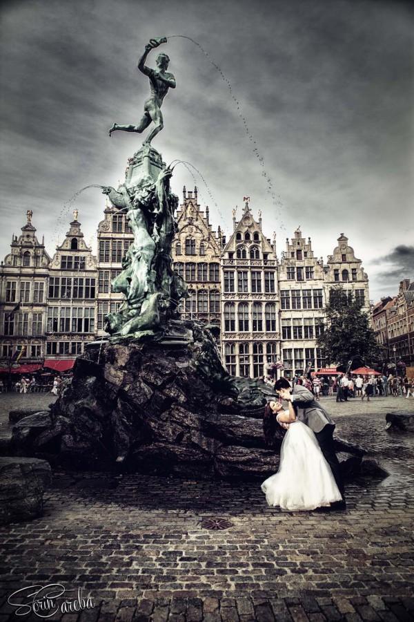 Sedinta foto trash the dress cu Andrada si Rares. Poze facute dupa nunta, surprinse in mai multe locatii din Belgia. Fotograf de nunta Sorin Careba